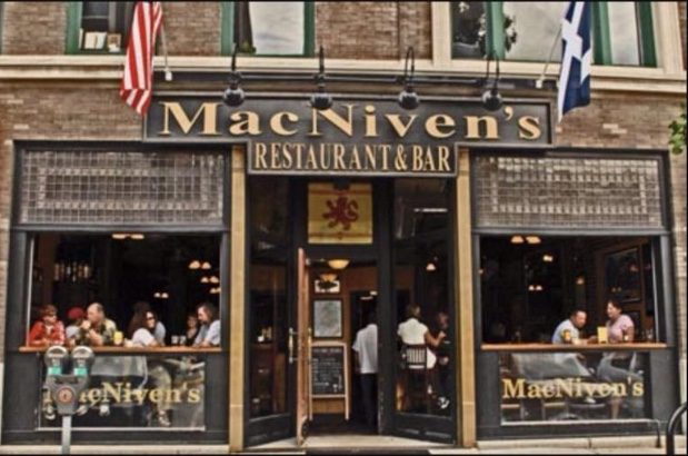 MacNiven's Restaurant & Bar